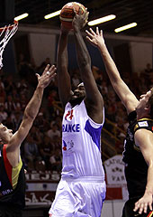 14. Ronny Turiaf (France)