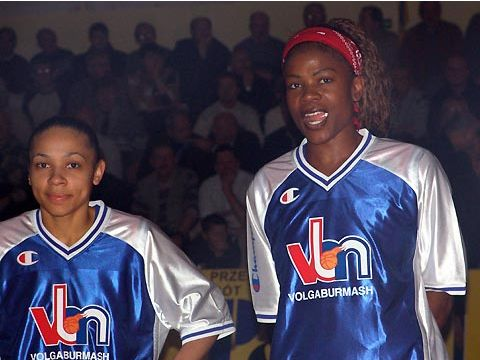 Edwige Lawson and Sheryl Swoopes (both VBM-SGAU SAMARA)