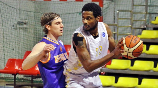 Pieno Zvaigzdes Eclipse Suns To Advance To Round of 32