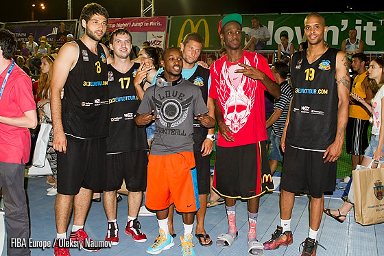 Salajean Hustlers - the winners of Bucharest 3x3 EuroTour Stop in Bucharest accompanied by two high-flyers Justin Darlington and Porter Maberry