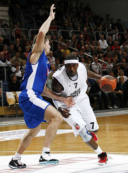 Elton Brown (Brose Baskets)