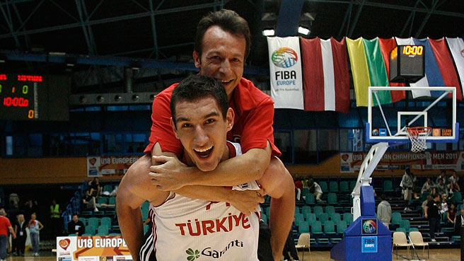 Turkey Comeback Seals Bronze