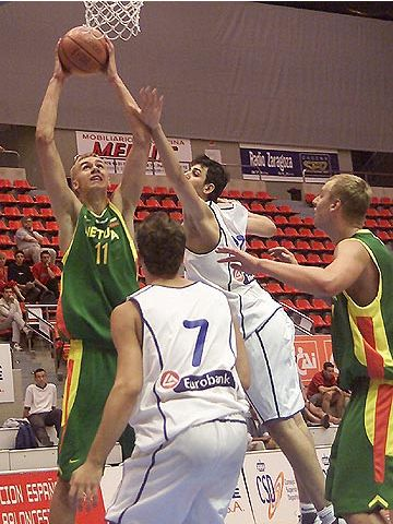 Martynas Andriuskevicius (LTU) had 23 points and 18 rebounds against Greece