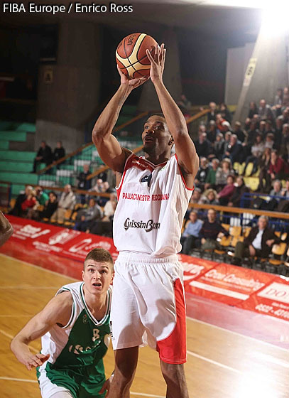 4. James White (Reggio Emilia)