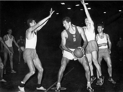 Soviet center Vladimir Krumminch at the 1961 European Championship in Belgrade
