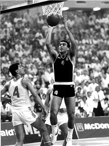 Greece's Nik Galis at the 1987 European Championship in Greece