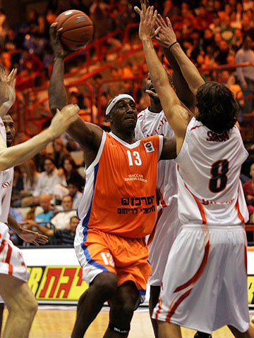 James Leon Williams (Maccabi Rishon Le Zion)