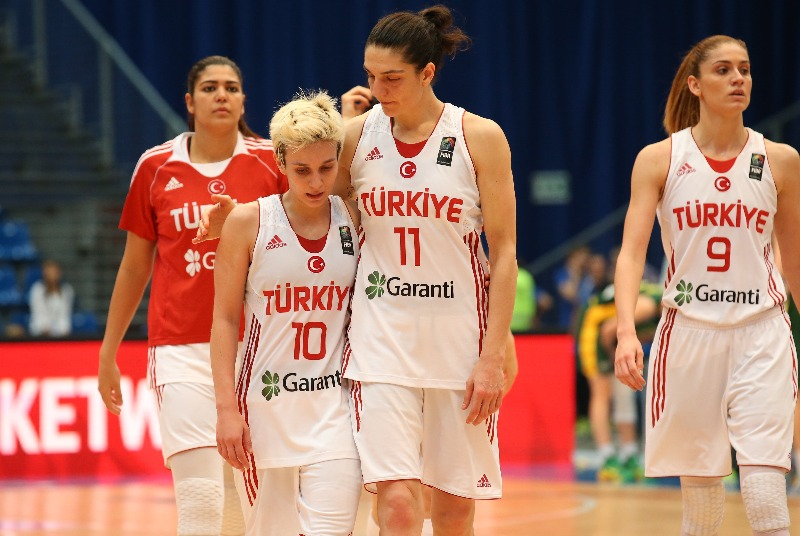10. Isil Alben (Turkey), 11. Nevriye Yilmaz (Turkey)