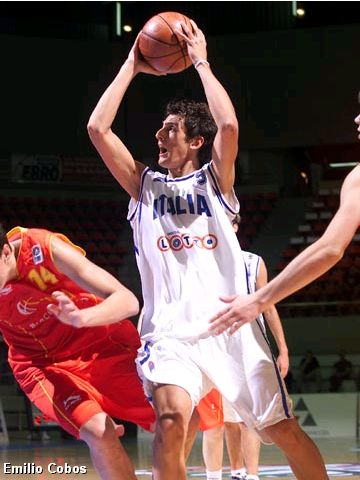Marco Belinelli (ITA) was held to only 4 points in the Semi-Final against Spain