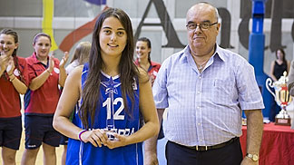 Claudia Brunet (Andorra) is presented the MVP award by FIBA Europe Vice President John Goncalves