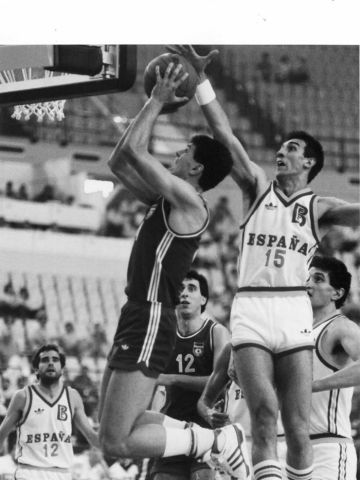 2 legends of the international game, Drazen Petrovic (Croatia - left) and Spain's Juan San Epifanio