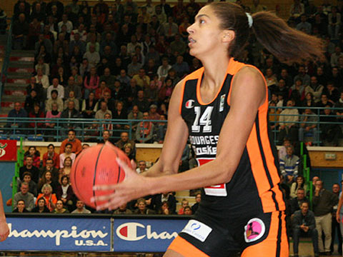 Emmeline Ndongue (Bourges Basket)
