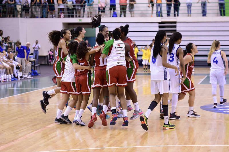 Team Portugal moments after defeating France