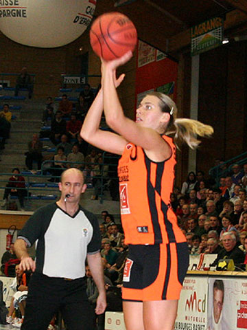 Anete Jekabsone (Bourges Basket)