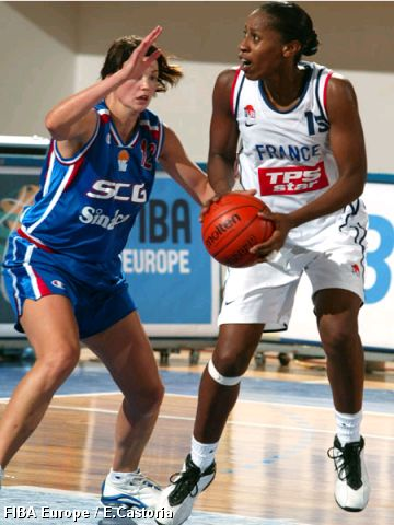 Nicole Antibe (France) and Ljubica Drljaca (Serbia and Montenegro)