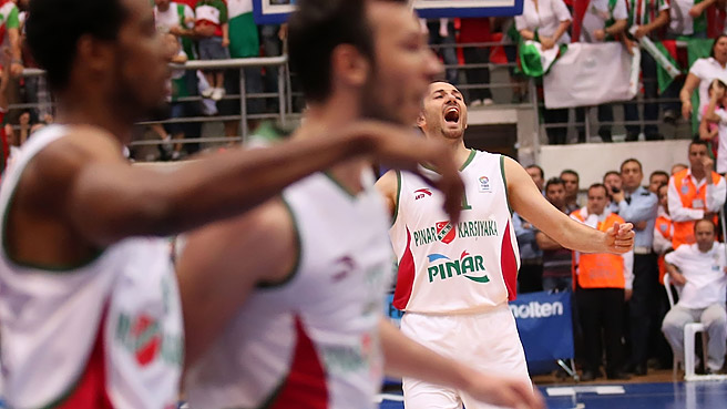 Karsiyaka Sweep Fenerbahce In Turkey