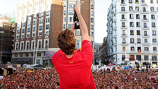Pau Gasol celebrating with the crowd in Madrid