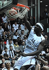 Mensah-Bonsu, QF Play-Offs Game 2 MVP