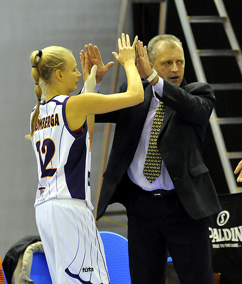 Headcoach Aigars Nerips and Dita Krumberga (TTT Riga)