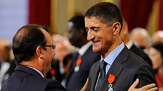 Jean-Pierre SIUTAT, was awarded the rank of Chevalier of the Legion of Honour by French President François Hollande