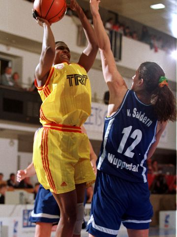 The 1999 EuroLeague Women Final Four - Galatassary vs Goldzack Wuppertal