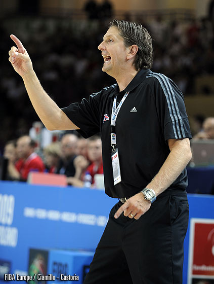 Great Britain Head Coach Chris Finch