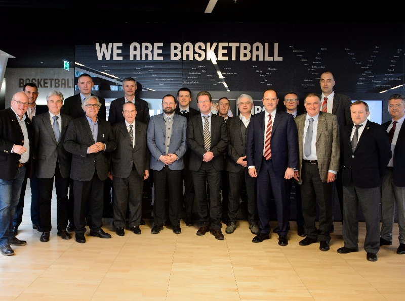 10 European domestic leagues and the Union of European Basketball Leagues (ULEB) on Wednesday officially signed up to be part of the Basketball Champions League, an innovative 50-50 joint partnership between FIBA and European basketball leagues