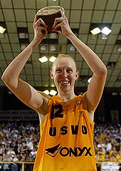 MVP of the FIBA EuroLeague Women Final Four 2004: Ann Wauters (US Valenciennes)