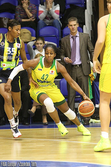 42. Shenise Johnson (UE Sopron)