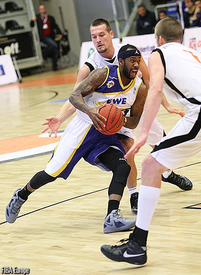 Bobby Brown - EWE Baskets