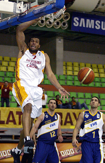 Quinton Hosley (Galatasaray Café Crown)
