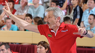 Coach Evaristo Pérez (Spain)