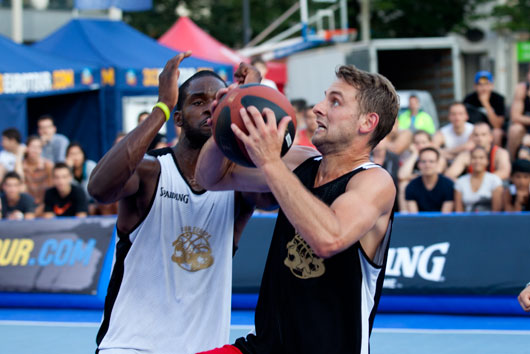 Team Splash faced off against K1X Ambassadors in the final