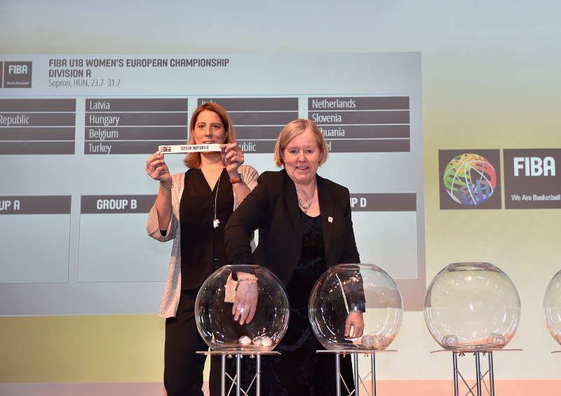 FIBA Europe Board member Lena Wallin-Kantzy assisting with the draw for the 2016 FIBA U18 Women's European Championship