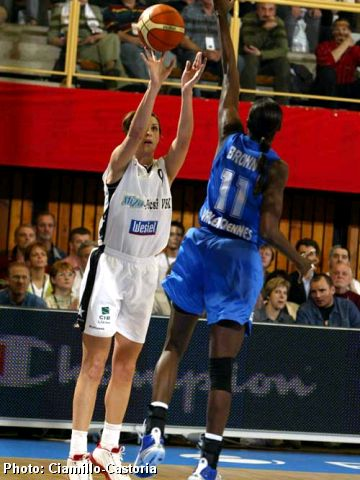 Albena Branzova gets off her shot over the defense of USVO's Yerushia Brown