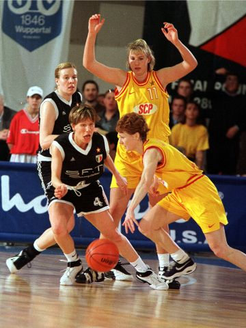 The 1999 EuroLeague Women Final Four - SCP Ruzomberok vs Societa Ginnastica