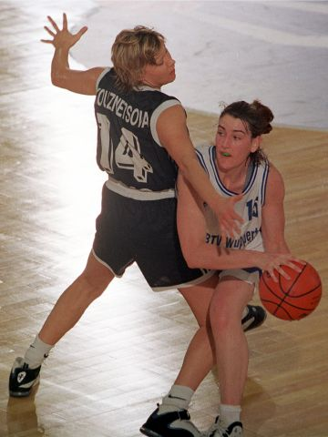 Carla Boyd (GOLDZACK WUPPERTAL) at the 1999 EuroLeague Women Final Four