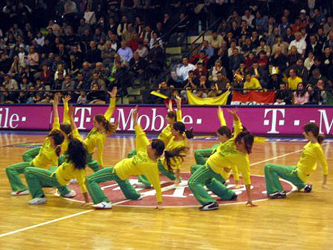 MKB Euroleasing Sopron´s cheerleaders