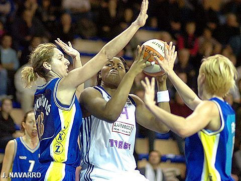 Isabelle Yacoubou (Tarbes GB)