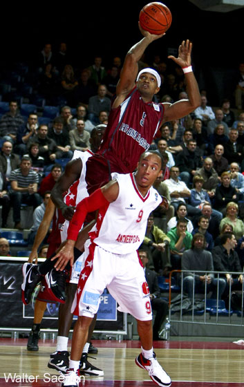 9. Timothy Black (Antwerp Giants), 5. Ronald Ross (Artland Dragons)
