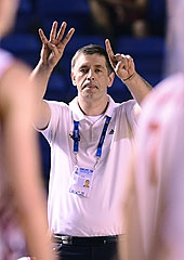 Russia head coach Evgeny Kisurin calling a play