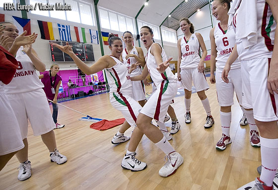 Hungary celebrate being promoted to Division A