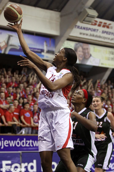 14. Janell Burse (Wisla Can-Pack)