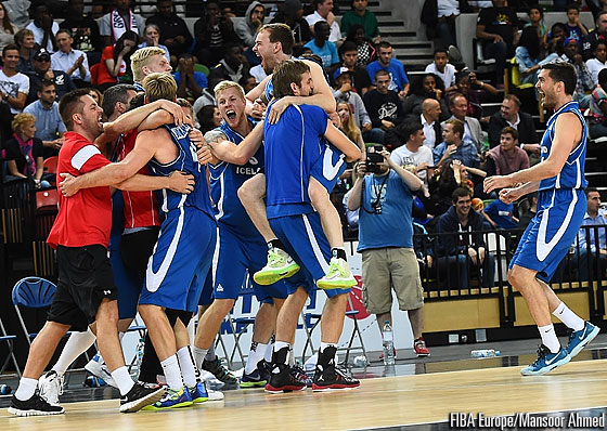 Iceland celebrate their win over Great Britain
