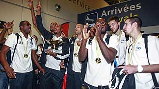 Arrival of 2013 EuroBasket champions, France, at Paris airport