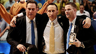 Maccabi Tel Aviv head coach David Blatt with his two assistants Guy Goodes and Alon Stein (photo: Oded Karni)