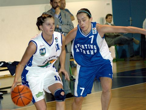 Irena Borecká (Trutnov - left) and Kalliopi Vlachou (Sporting Athens)