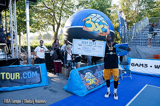 Durrell Vinsom - winner of dunk contest in Copenhagen