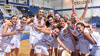 Spain celebrate their Semi-Final victory against Slovenia