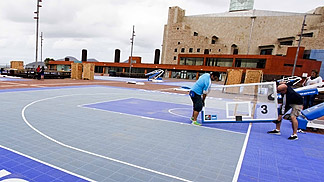 3on3 crew setting up the courts in Plaza de la Música, Las Palmas